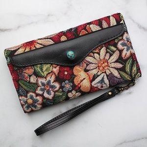 Patricia Nash Valentia Snap Wristlet Tapestry NWT